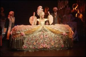 Muzikál Antoinetta královna Francie Divadlo Hybernia Monika Absolonová
