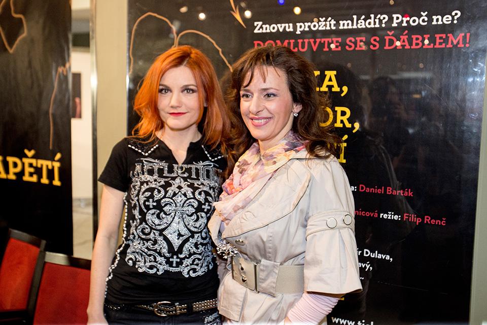 Iva Marešová a Dita Hořínková - muzikál MEFISTO - Divadlo Hybernia