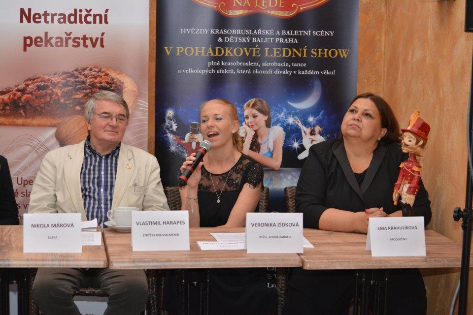 Vlastimil Harapes, Veronika Zídková, Ema Krahulíková