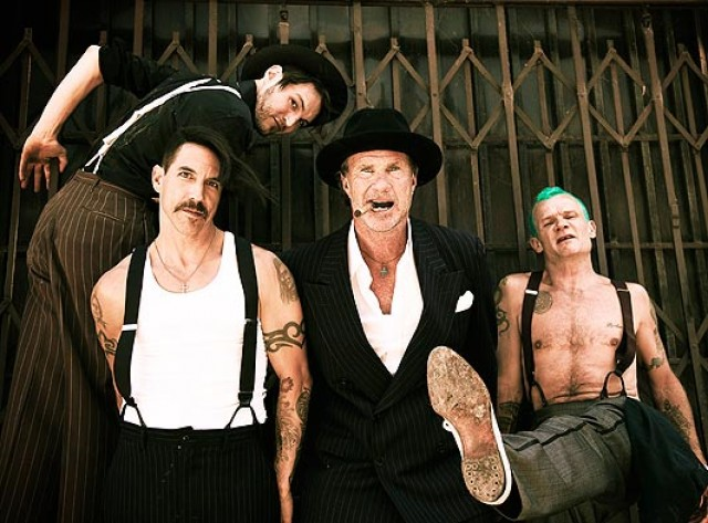 red-hot-chili-peppers-band-picture