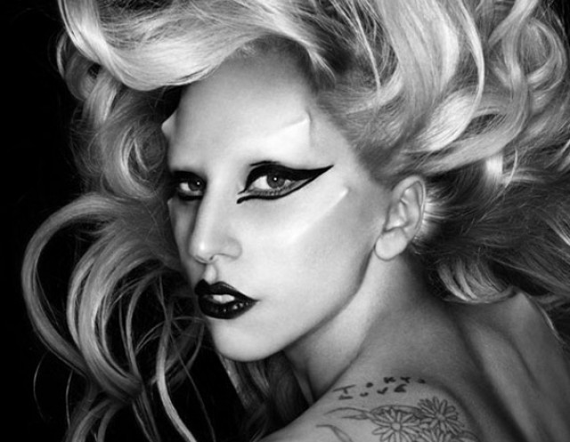 Lady Gaga - picture - 2011