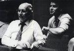 Prof. Hartmut Schmidt mit seinem Sohn Andreas bei der Probe zum Konzert vom 5.6.1984.