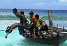 Battling climate impacts in low-lying Maldives