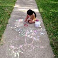 Spiele mit Straßenmalkreide