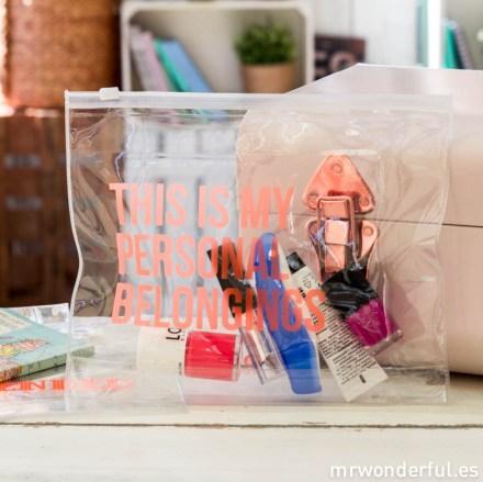 mrwonderful_SH0902_1_Neceser-cierre-ZIP_This-personal-belongings-6