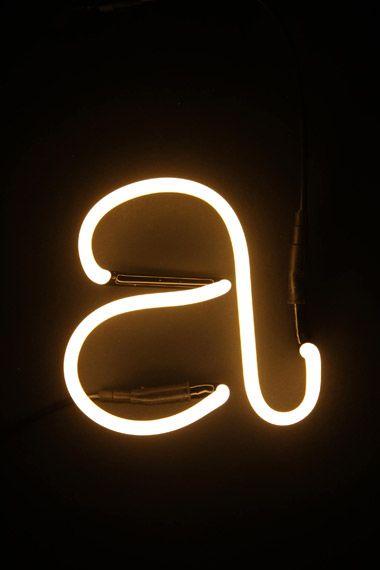 mrwonderful_neon_light_02