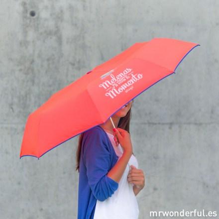 mrwonderful_8436547190065_LLUVIA_MELENAS_Paraguas-Mediano_Melenas-al-viento-y-a-vivir-el-momento-51-Editar
