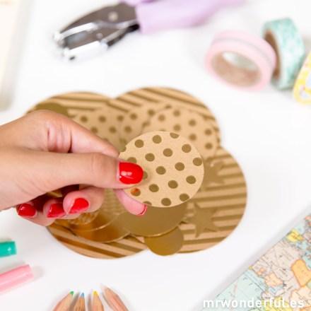 mrwonderful_KRP001_Surtido-confetti-papel-color-dorado-7