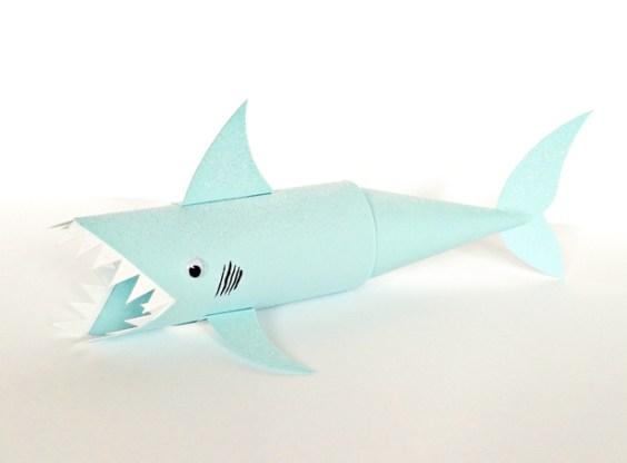 6-shark-paper-tube-craft