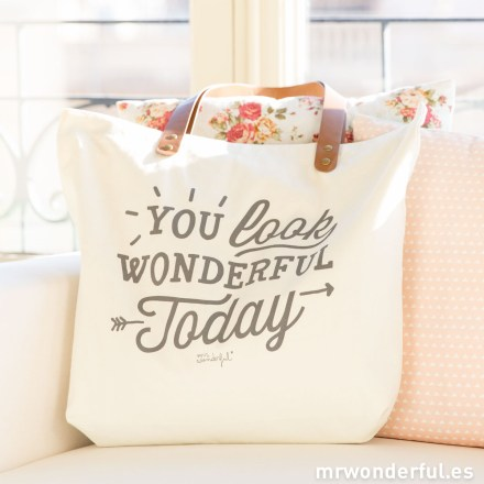 mrwonderful_totebag-you-look-wonderful-today-2015-16