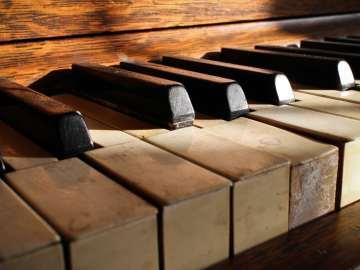 Love Piano Keys