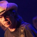 Neil Young and Crazy Horse touring again 8 years on