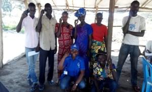 Une photo de famille avec quelques bénéficiaires du projet mVAM après son lancement à Biringi/Camp de réfugiés Sud-Soudanais