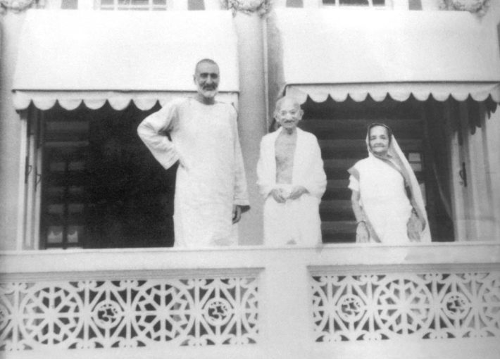 Gandhi and Abdul Gaffa Khan