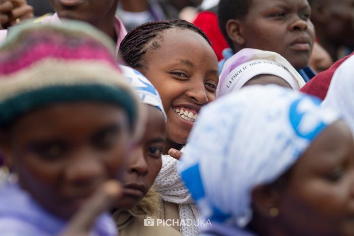 Papal_Mass_Pope_in_Kenya_Mwangi_Kirubi-51