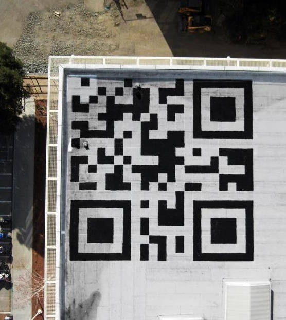 QR-Code-on-Facebook-HQ-Roof