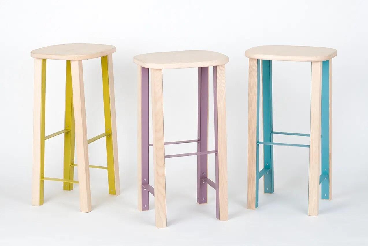 ANTILOPE, un tabouret de bar design qui allie métal et bois