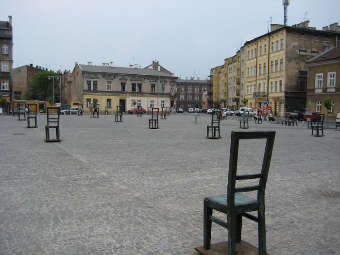 12. Memorial to the Jews in the Jewish ghetto in Krakow