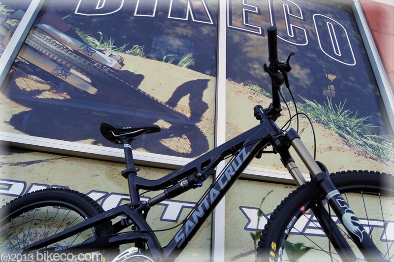 "The latest revision of a great first mountain bike Santa Cruz 27.5"" Heckler"