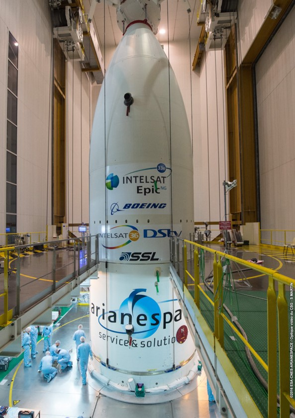 Intelsat 36 Encapsulated under the Fairing_1