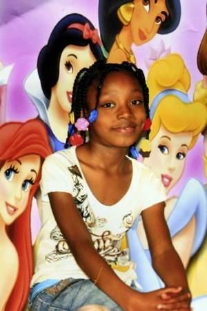 http://i1.wp.com/mybrownbaby.com/wp-content/uploads/2013/08/Aiyana-Jones-Detroit-Police.jpg?resize=300%2C450