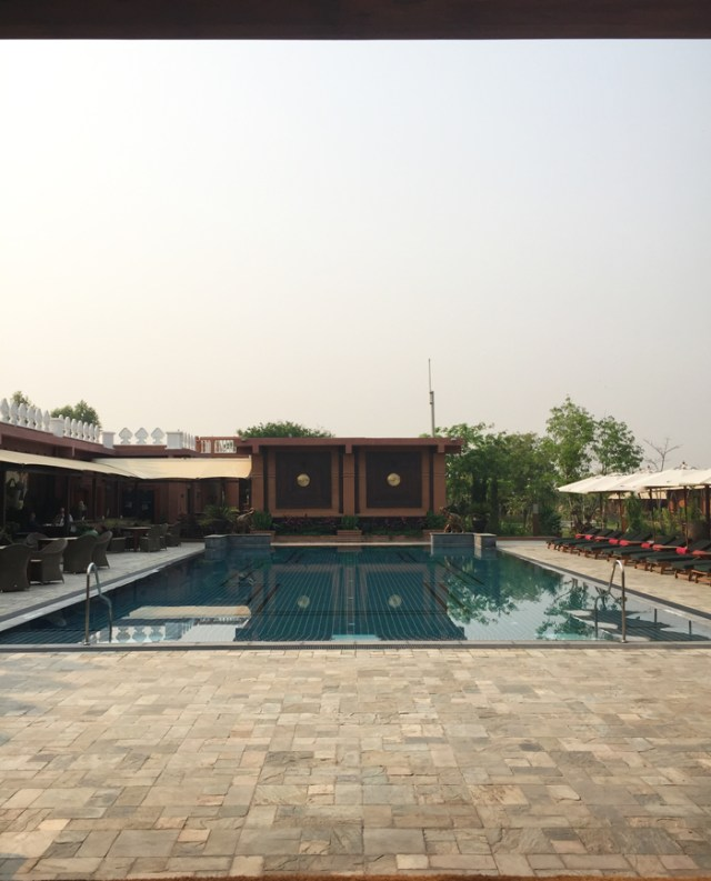 bagan-lodge-pool
