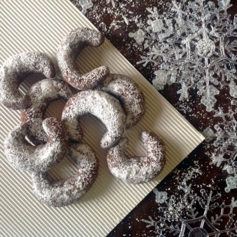Snowy White Chocolate Crescent Cookies