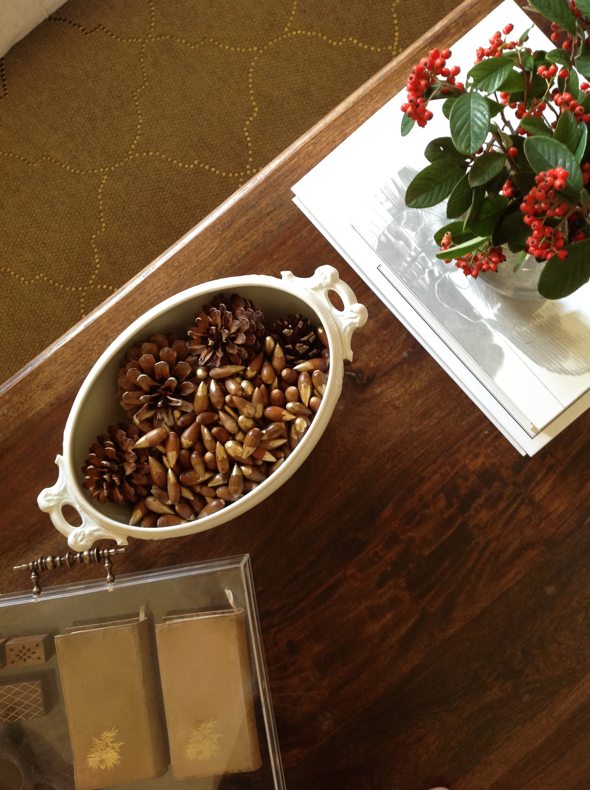 The perfect vase filler for fall acorn bullets once again my gold acorns and pine cones mydearirene reviewsmspy