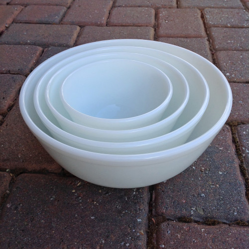 Milk Glass Nesting Bowls - mydearirene.com