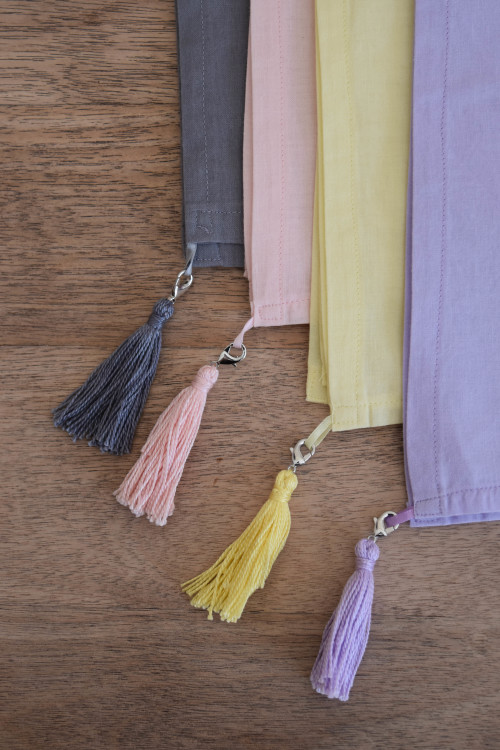 Four Dinner Napkins With Tassels - mydearirene.com