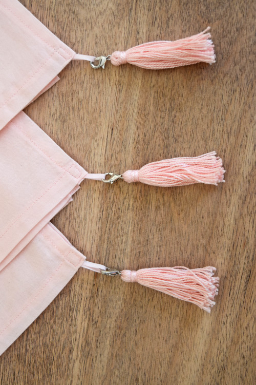 Pink Dinner Napkins With Pink Tassels - mydearirene.com