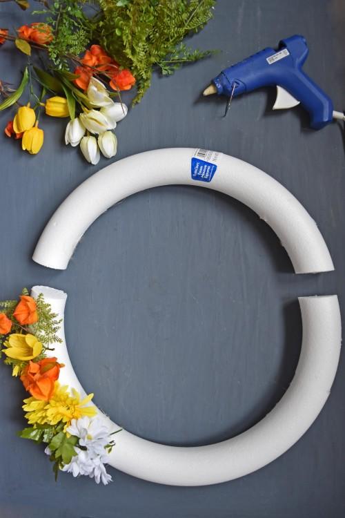 Cut A Foam Wreath - mydearirene.com