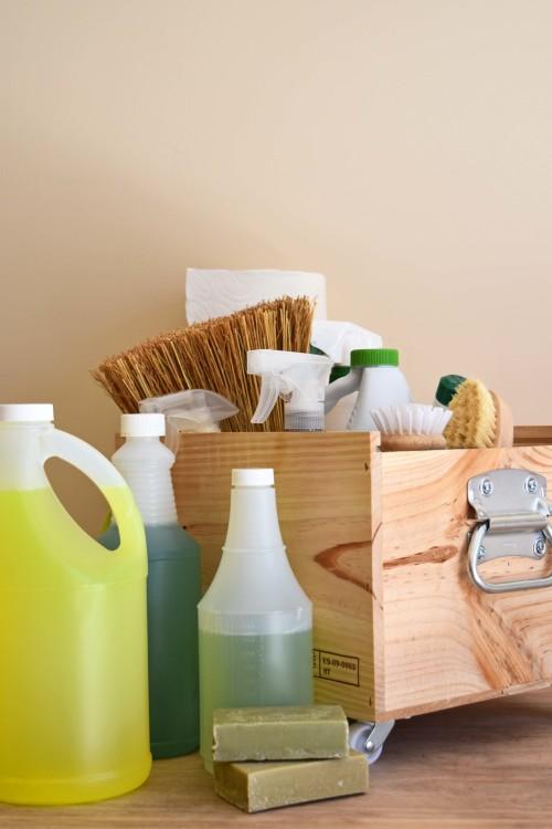 Spring Cleaning Caddy DIY - mydearirene.com