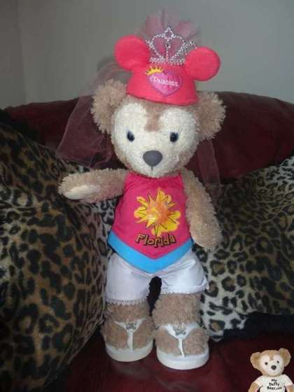 ShellieMay the Disney Bear celebrates National Pink Day