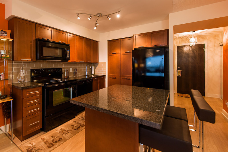135 Village Green Square Unit 3416