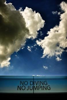 no diving no jumping