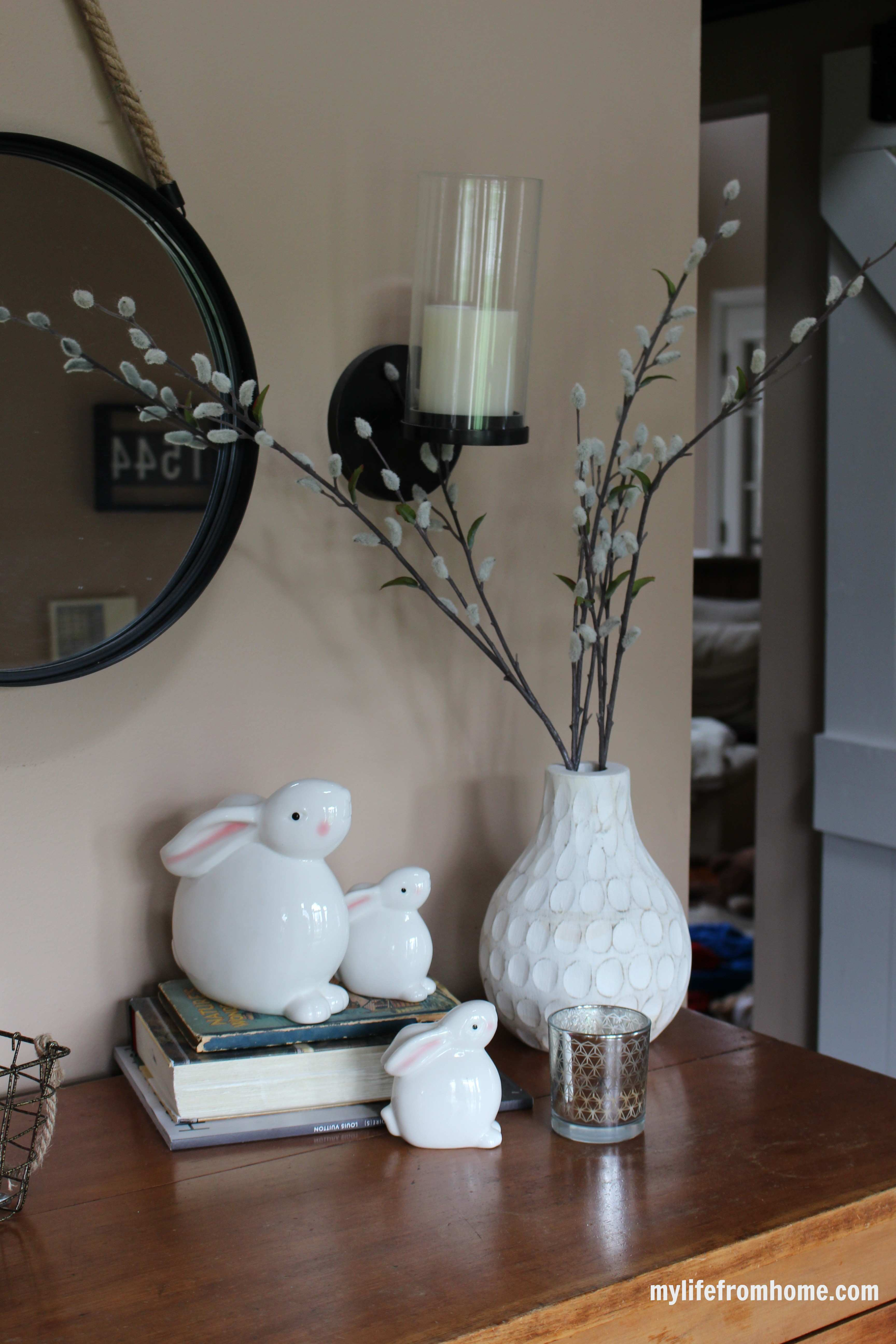 Easter Vignette by www.mylifefromhome.com