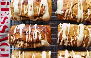 christmas gingerbread loaves