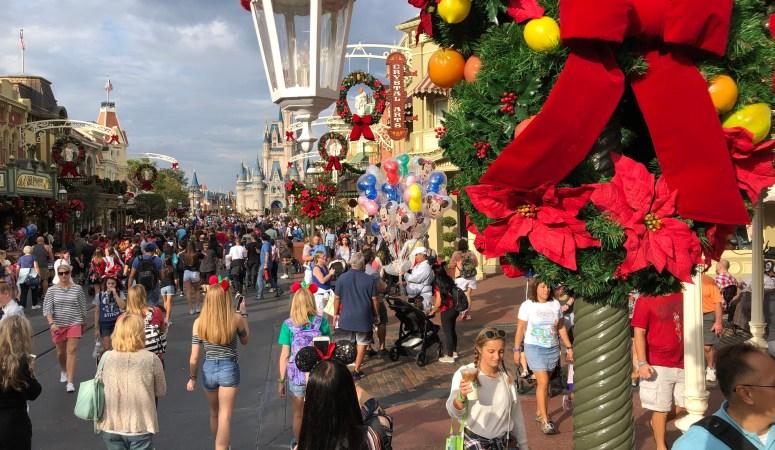 Holiday Must Dos at Walt Disney World!