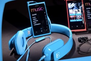 Video: Nokia accessories – Bringing color and fun to your everyday adventures
