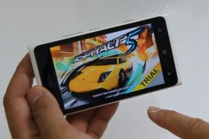 Lumiappaday #277: Asphalt 5 demoed on the Nokia Lumia 900 #XboxLive