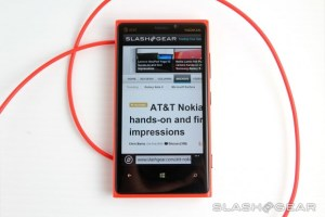"SlashGear's Nokia Lumia 920 Review, ""clearly the most unique Windows Phone 8 experience"""