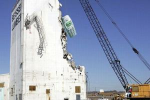 Wednesday LOL: Nokia Wrecking Ball