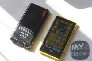 OneHandUnboxing: Anker Astro3 10,000mAh portable charger #Accessories (recorded on Nokia Lumia 920)