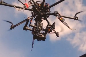 Weekend Watch: Octocopter, Nokia Lumia 920, Free Running