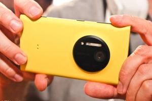 Rumours: Nokia Lumia 1020 headed to China by mid-August?