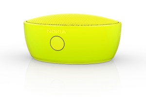 Accessories: New Nokia MD-12 bluetooth speaker, want to win one? Small but surprising amount of bass.