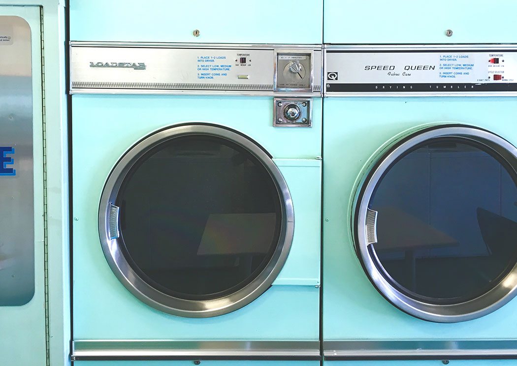 THE LAUNDRETTE – A Story about Time Travel