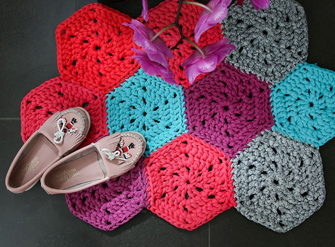 How to Crochet: Chunky Hexie Crochet Rug Pattern