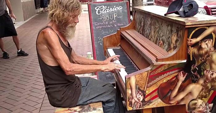 homeless-man-piano